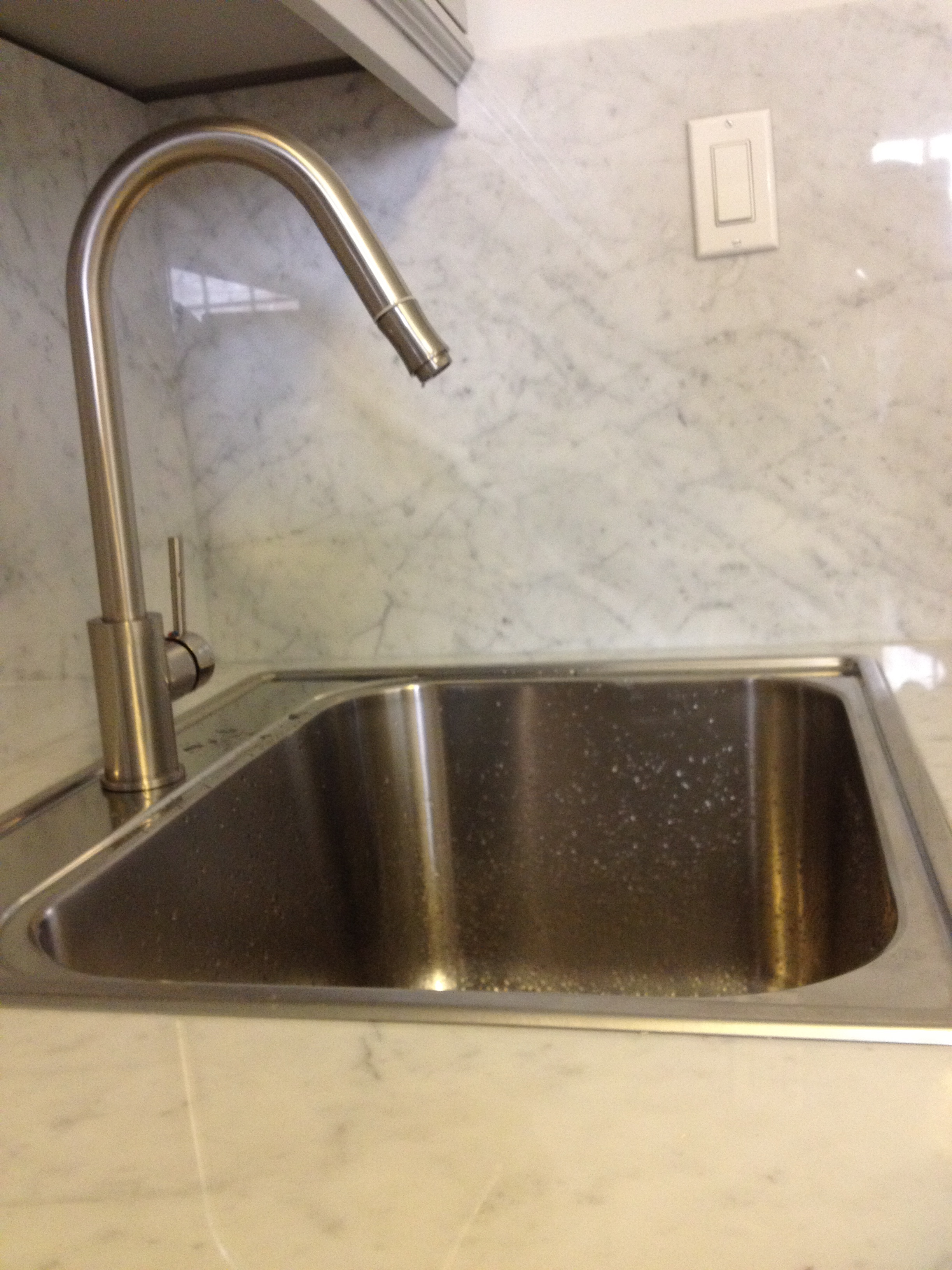 Marketplace: The Trinsic by Delta Faucet | White Cabana