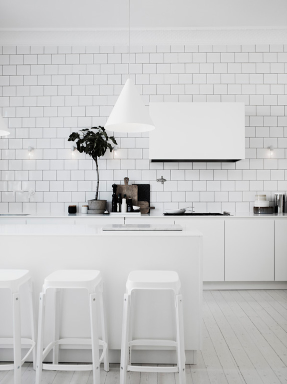 02101379ideas-white-kitchen