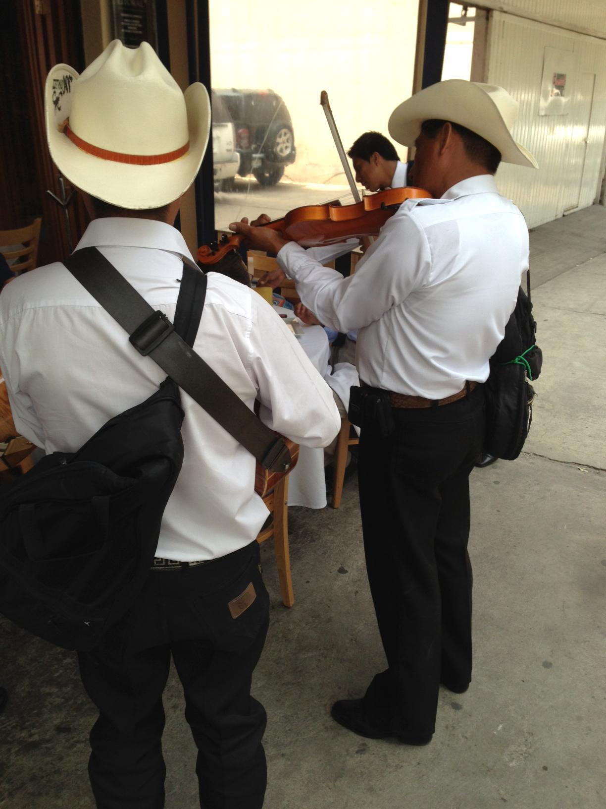 White-Cabana-Mexico-City-Troy-6