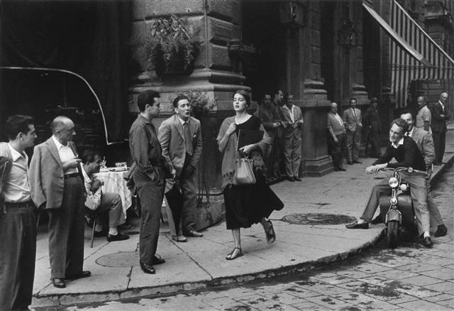 ss-110917-Ruth-Orkin-American-Girl-in-Italy_grid-8x2