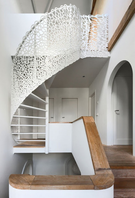 modern-residence-house-n-9-697x1024