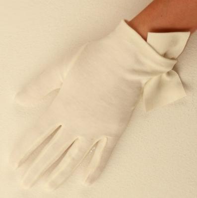 Rose-Cornelia-James-gloves