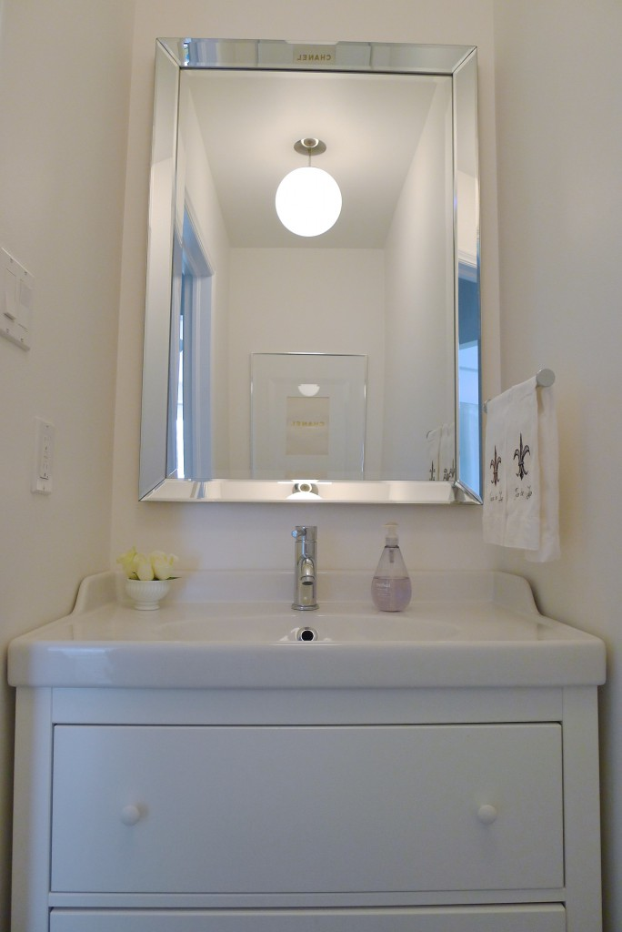 White-Cabana-Powder-Room-1