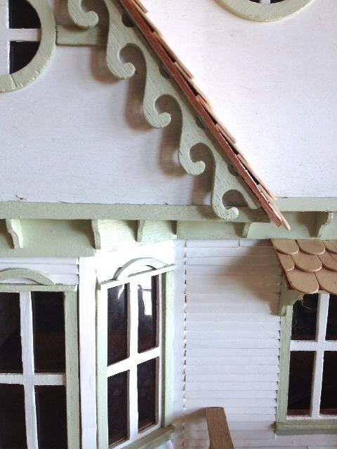 White-Cabana-dollhouse-1