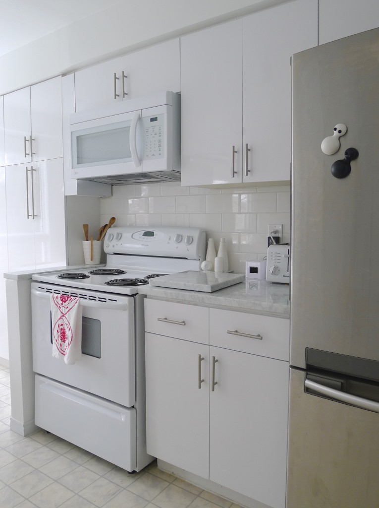 White-Cabana-kitchen-after-11
