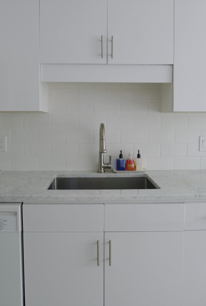 White-Cabana-kitchen-after-15