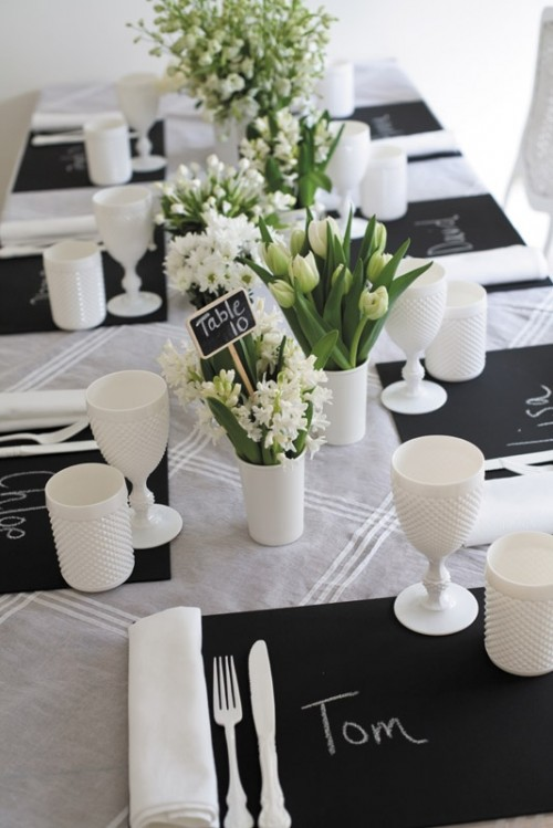 elegant-black-and-white-wedding-table-settings-49-500x749