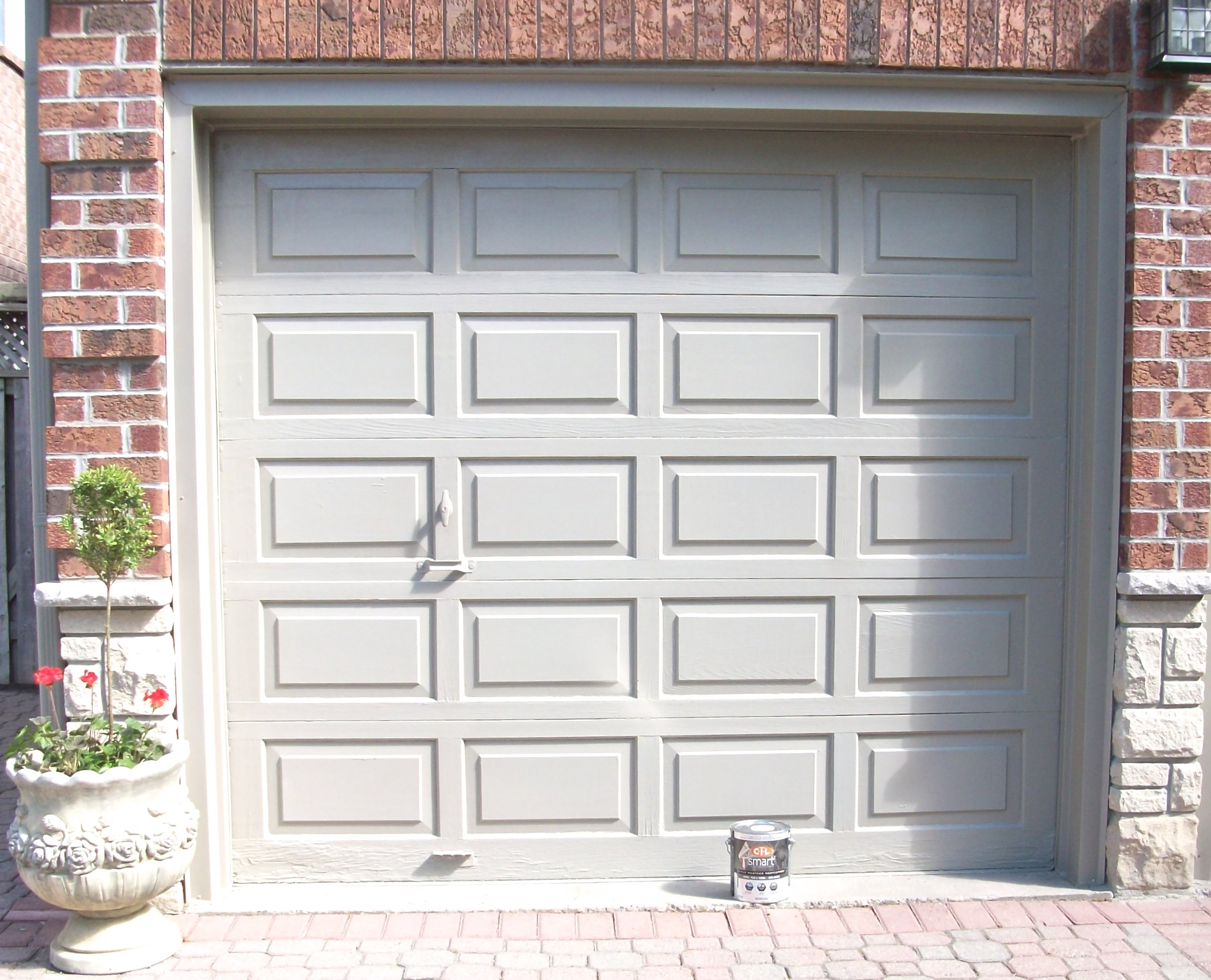 of garage white dab the overhead hurricane with design at a rated tampa your door