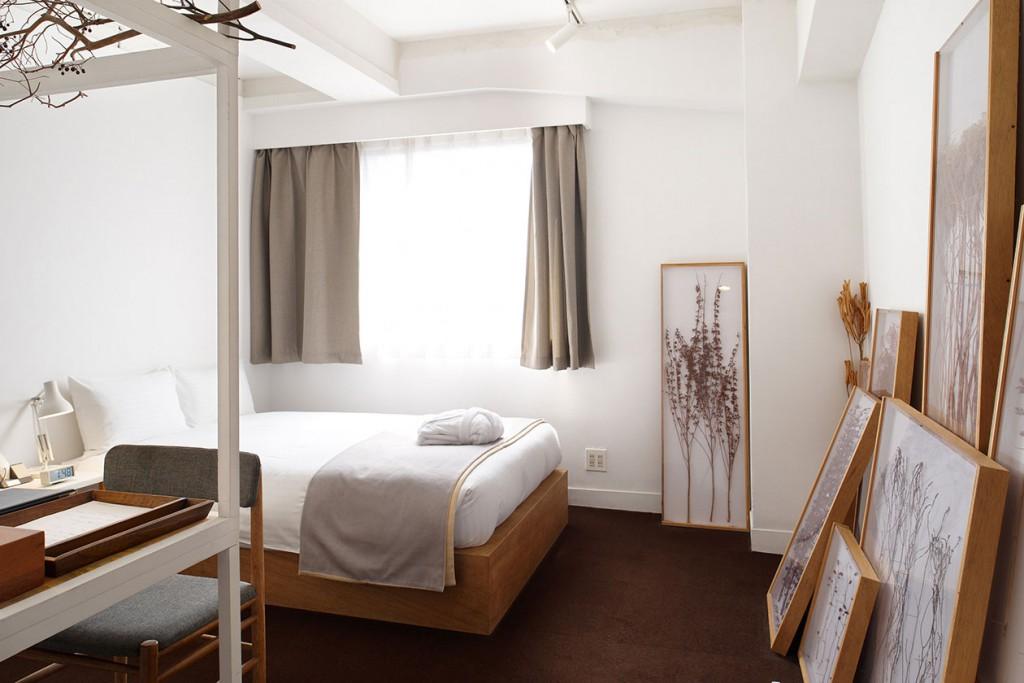 contemporary_room701_slide1-thumb-1260x840-493