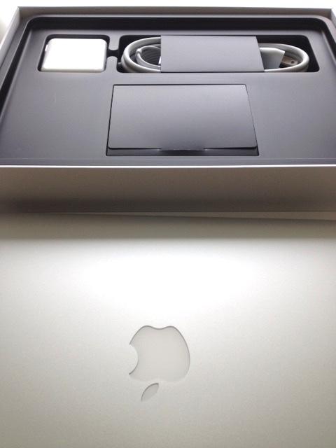 White-Cabana-Macbook Air