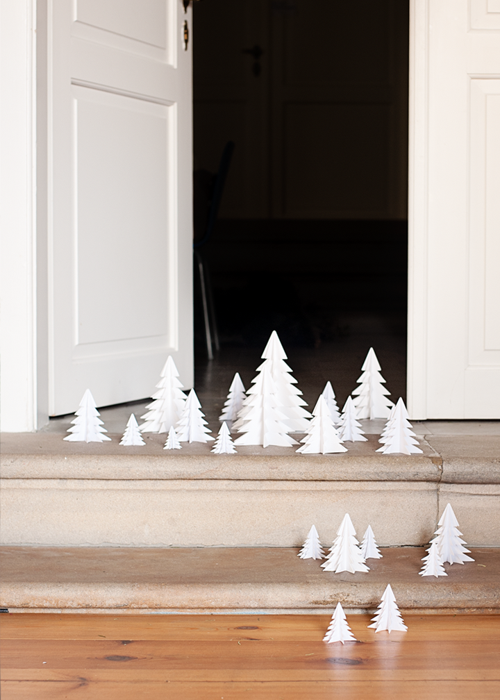 79ideas_the_invasion_of_the_paper_trees