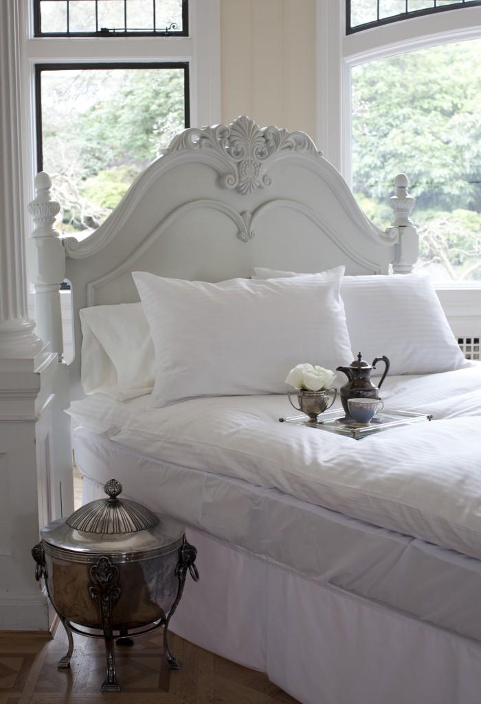 Luxury feather mattress top