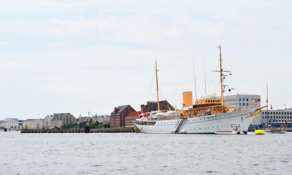 White-Cabana-Copenhagen-Denmark-1