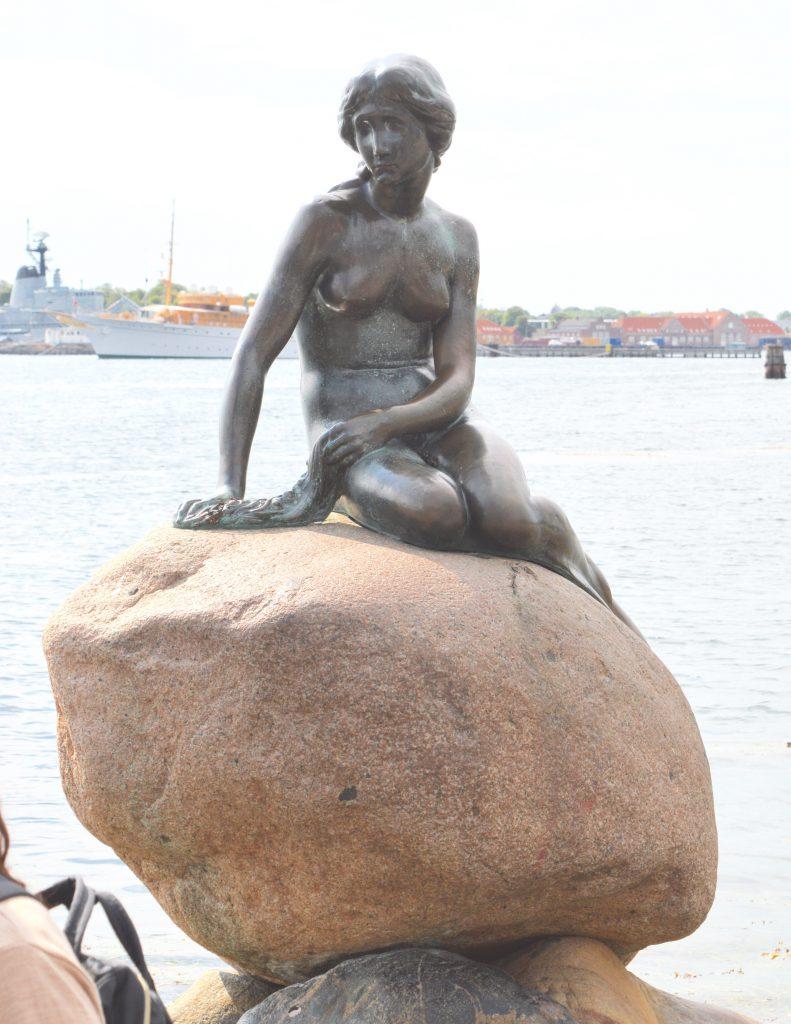 White-Cabana-Copenhagen-Denmark-4