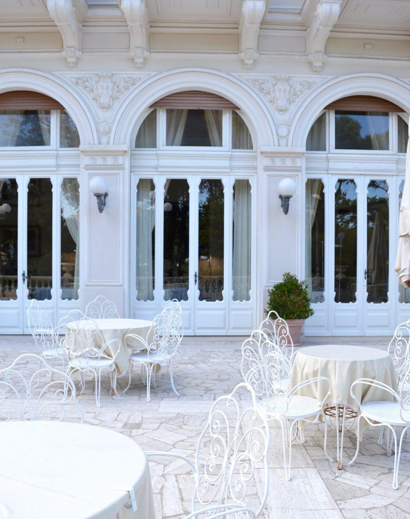 White-Cabana-Rimini_10