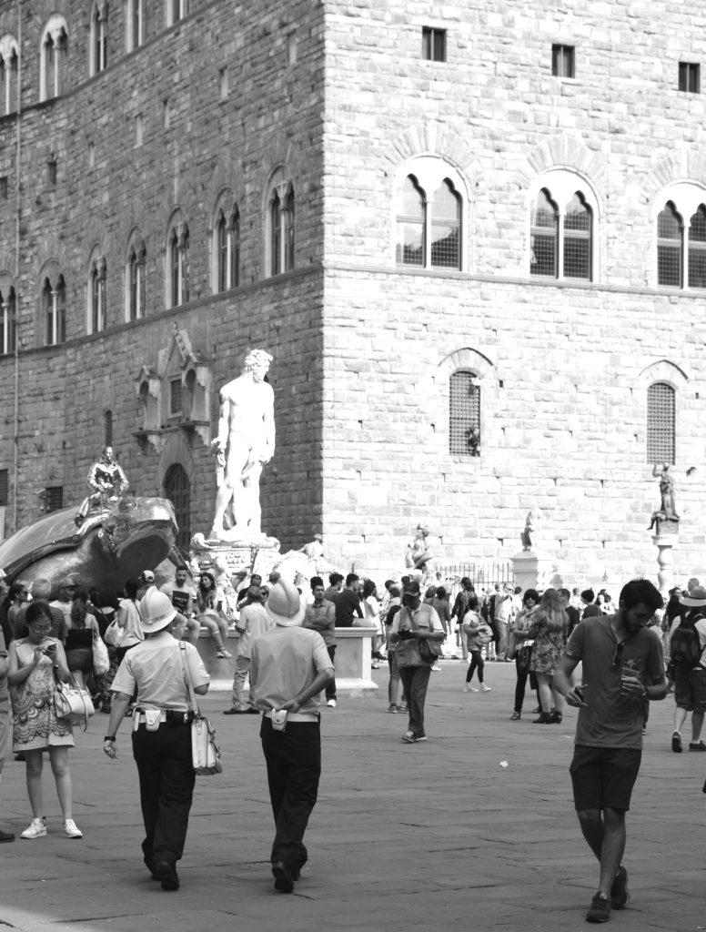 White-Cabana-Florence-Piazza della Signoria