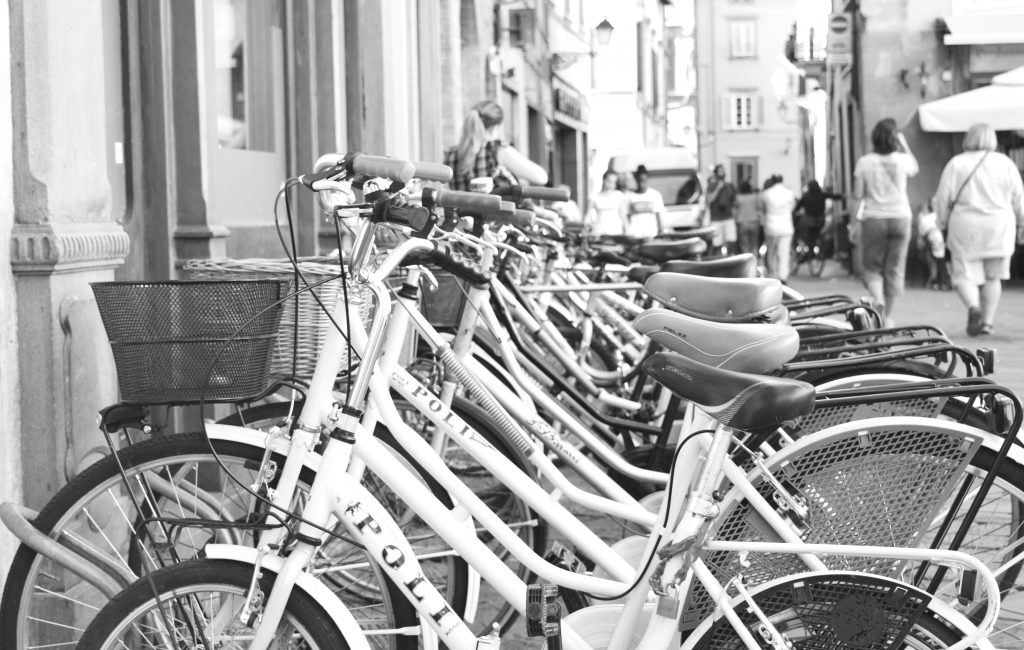 bikes-Lucca-Italy-White-Cabana