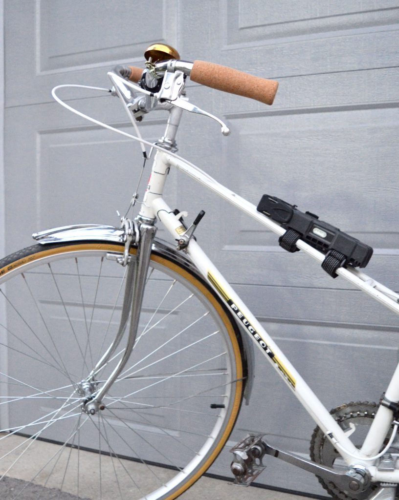White-Cabana-Abus-bike-lock-11
