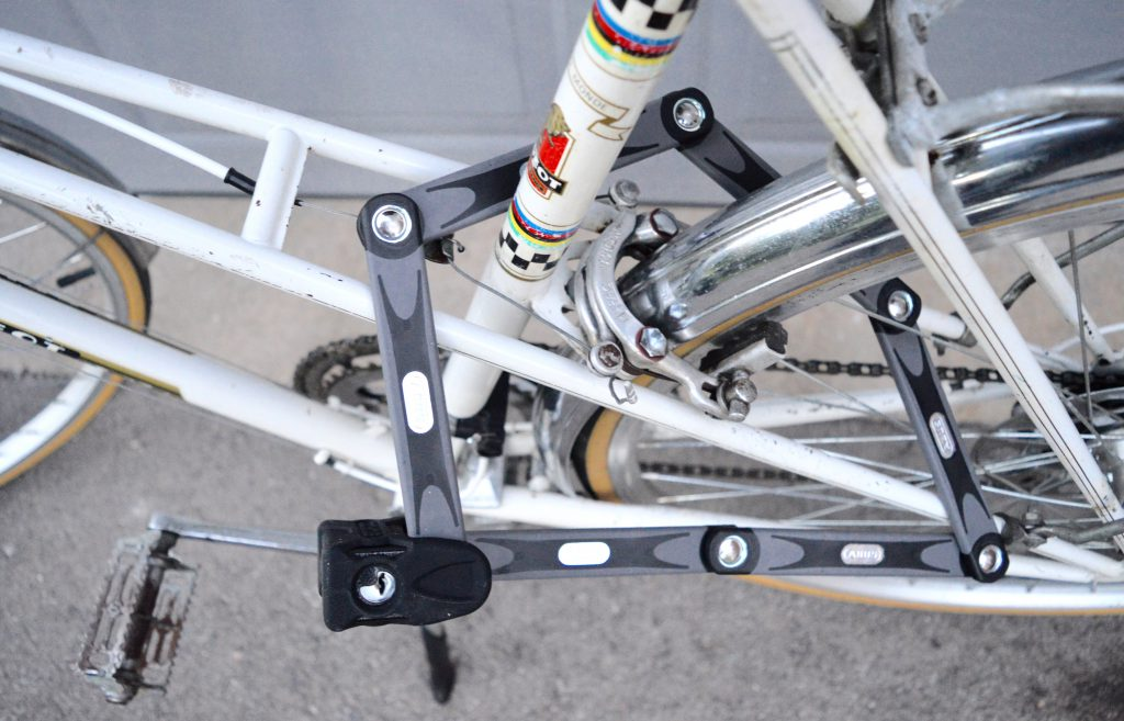 White-Cabana-Abus-bike-lock-7