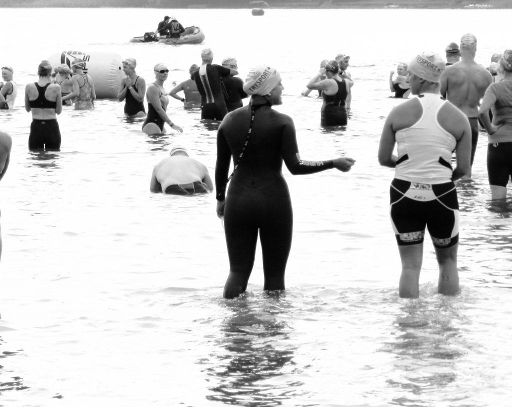 white-cabana-triathlon-tyr-2