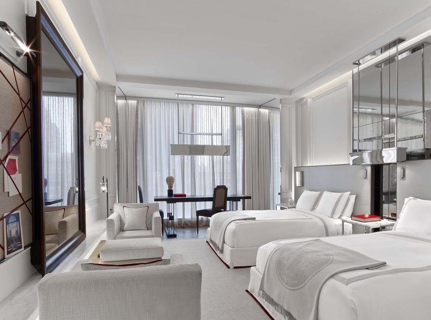 Hotel To Home Baccarat Hotel New York White Cabana